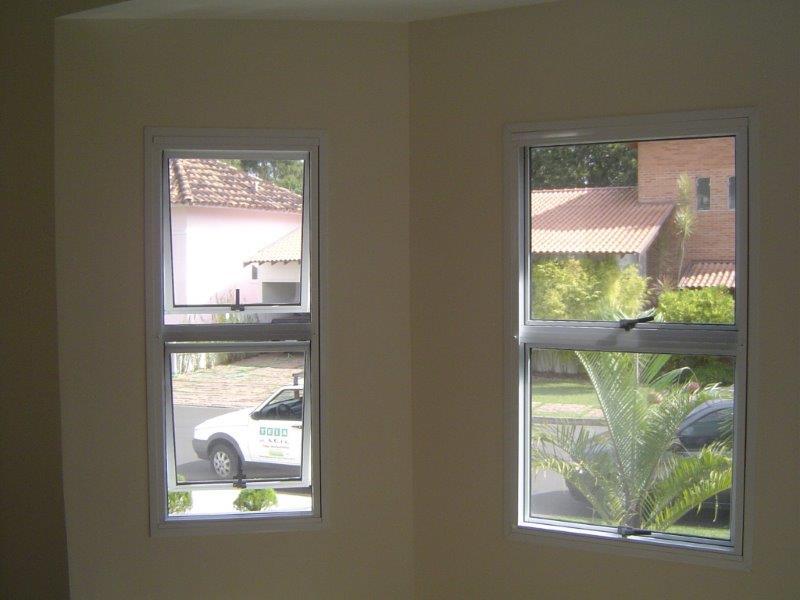 Tela mosquiteira para janela basculante